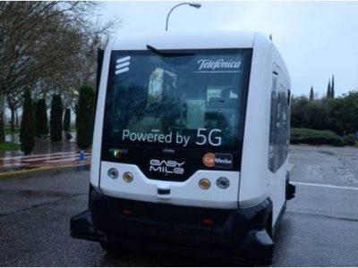 El Vehículo Del Futuro: Sin Conductor Y Conexión 5G