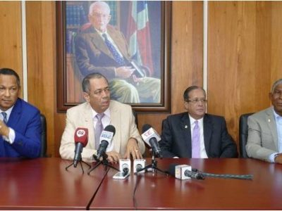 Bloque De Senadores Del PLD Aprueba Apoyar Primarias Abiertas Y Simultaneas