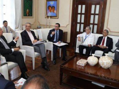 Presidente Medina Ordena Acelerar Fondos Para Obras