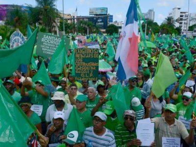 Marcha Verde Contra Truenos Y Lluvia El Pasado Domingo